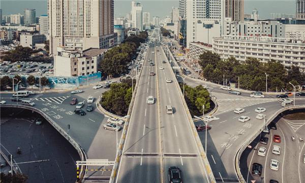 高速公路追尾怎么處理