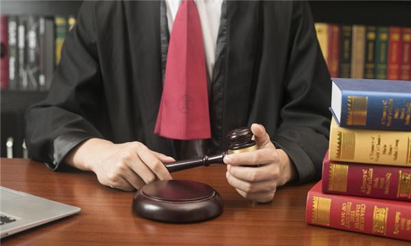 刑事案件多久下判決書