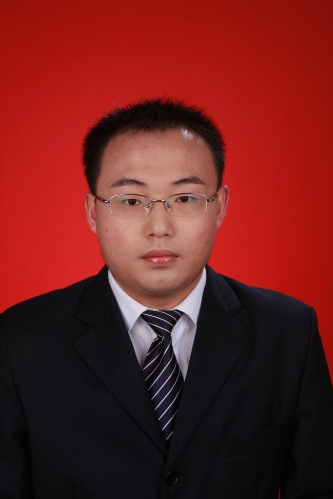 杨亚辉律师