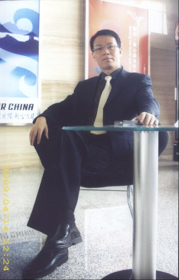 饶明苏_律师照片