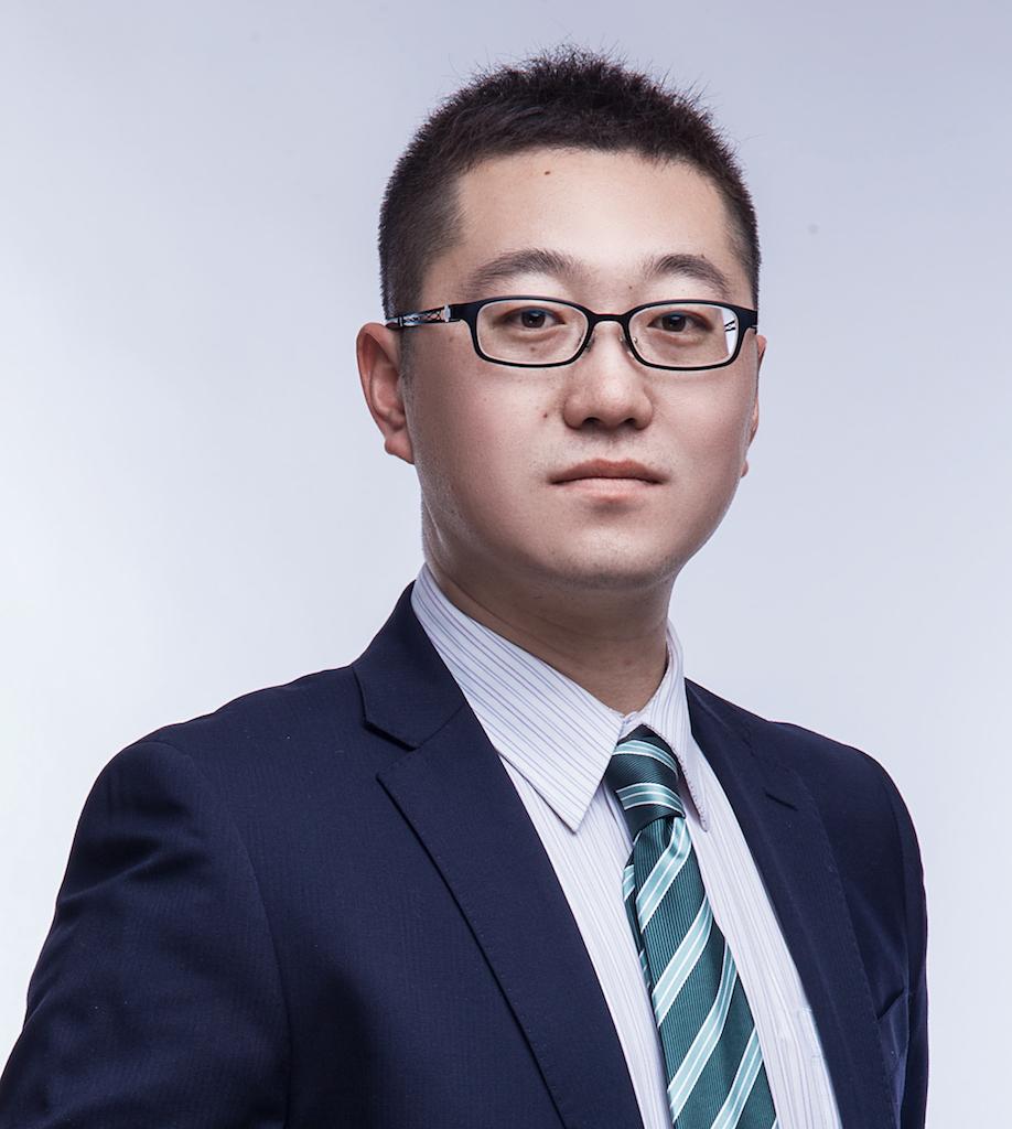 陆博_律师照片