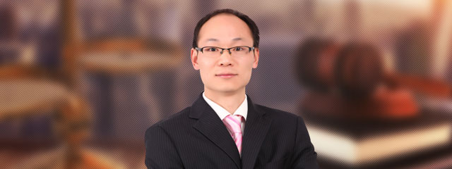 苏州律师-严飞